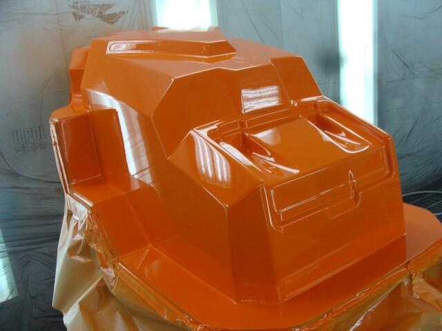 CNC Modell für Motorhaube, lackiert